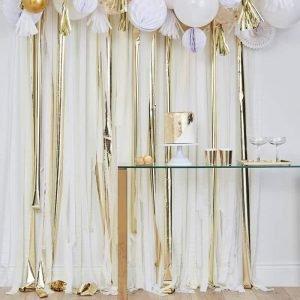 Backdrop fotobooth polaroid wit creme goud linten bruiloft trouwen