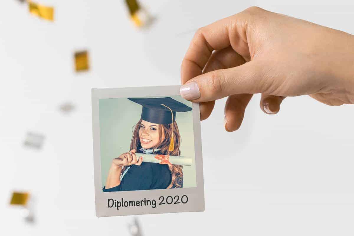Diploma uitreiking polaroid foto activiteit