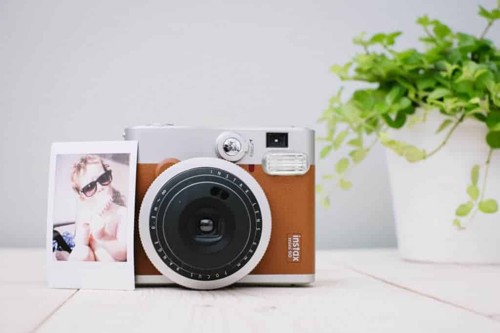 Fujifilm Instax 90 mini NEO CLASSIC direct print camera