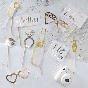 I Do foto props gold foiled