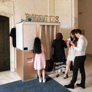 Fotohokje huren bruilft feest huwelijksverjaardag photobooth
